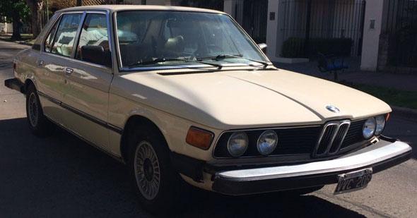 Car BMW 528i