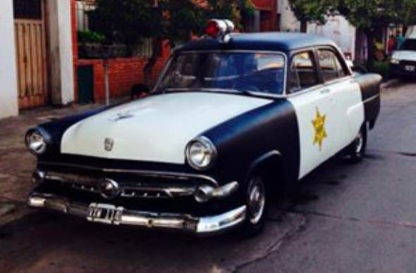 Auto Ford 1954