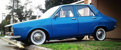 Auto Renault 12 IKA