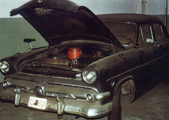 Auto Ford Custom 4 P
