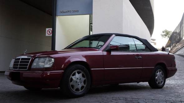 Auto Mercedes Benz E220 Cabriolet