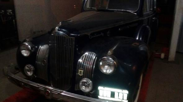 Auto Packard 120 1942
