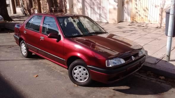 Auto Renault 19