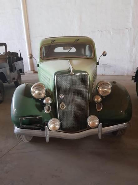Auto Ford V8 Tudor 1935