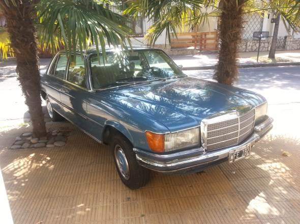 Car Mercedes Benz 280 SE