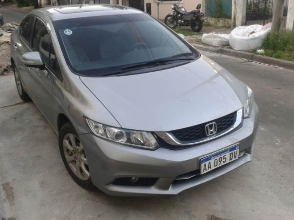 Auto Honda Civic EXS