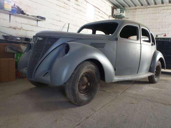 Car Lincoln Zephyr 1936