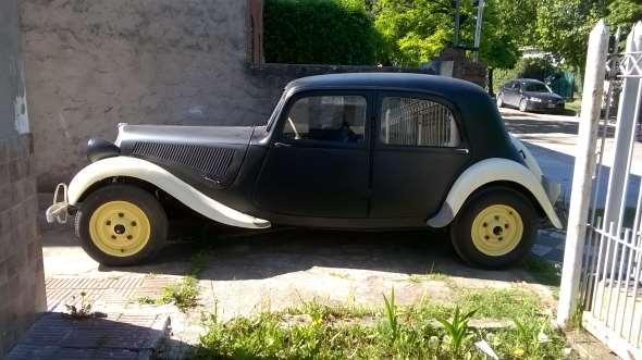 Car Citroen 11 Ligero 1947