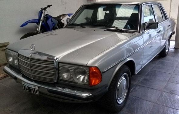 Auto Mercedes Benz 1979 W123 250