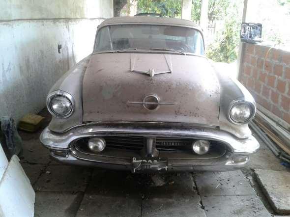 Auto Oldsmobile 1956
