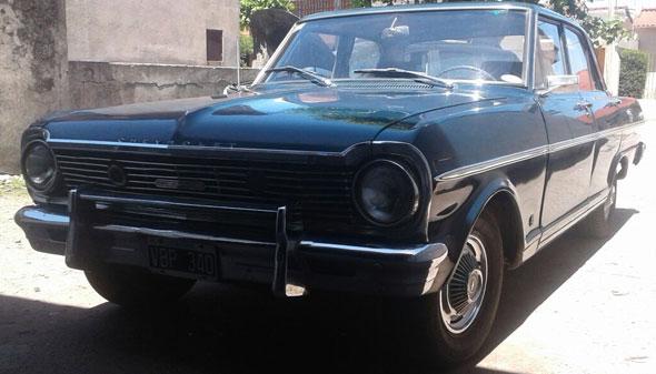 Auto Chevrolet Super 400