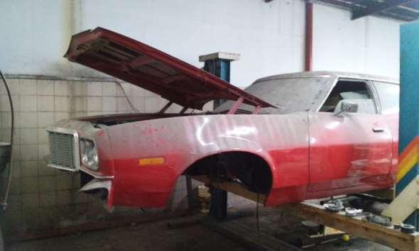 Auto Ford Torino