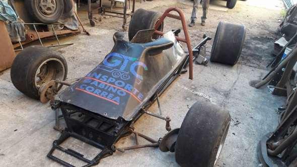 Auto Fórmula Uno Mecánica Nacional
