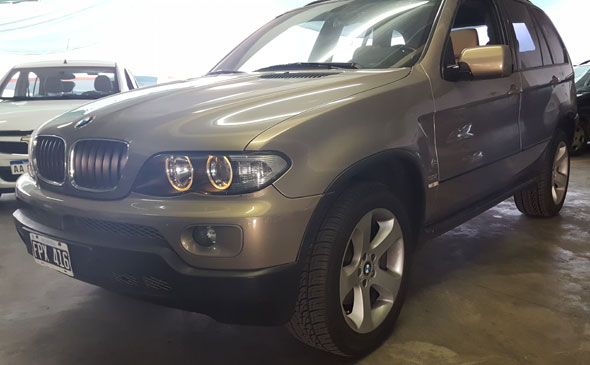 Auto BMW X5 3.0