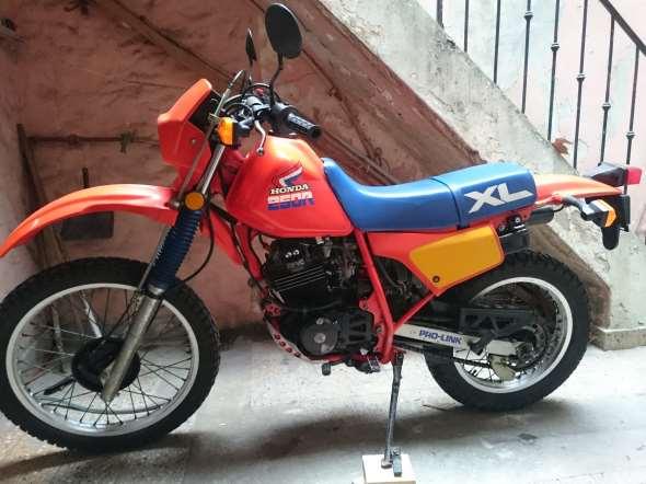 Moto Honda XL250R California