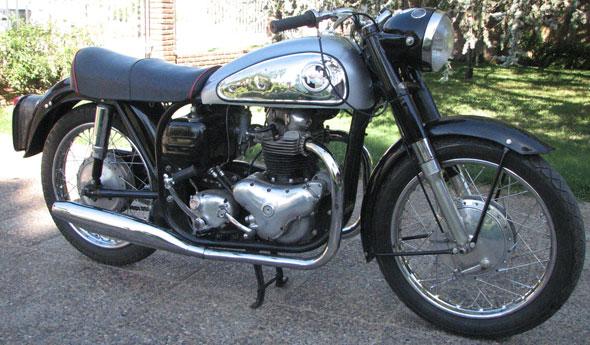 Moto Norton Dominator Model 88