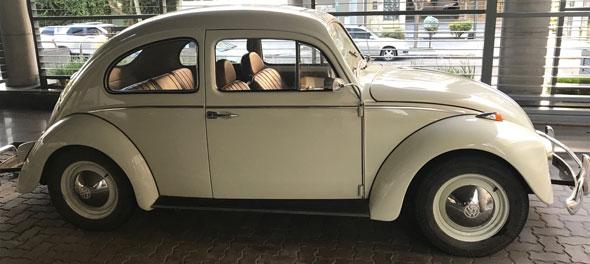 Auto Volkswagen Escarabajo Alemán